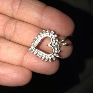 Jewelry - Heart diamond pendant